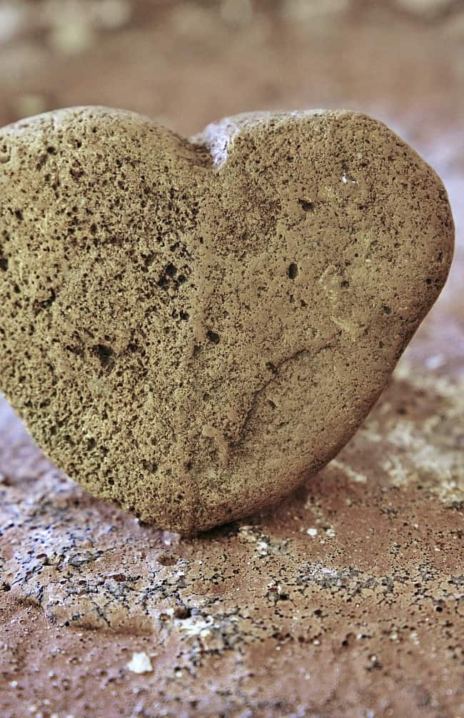 large-rock-hearts