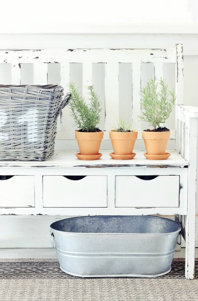 things you can transform with spray paint baskets