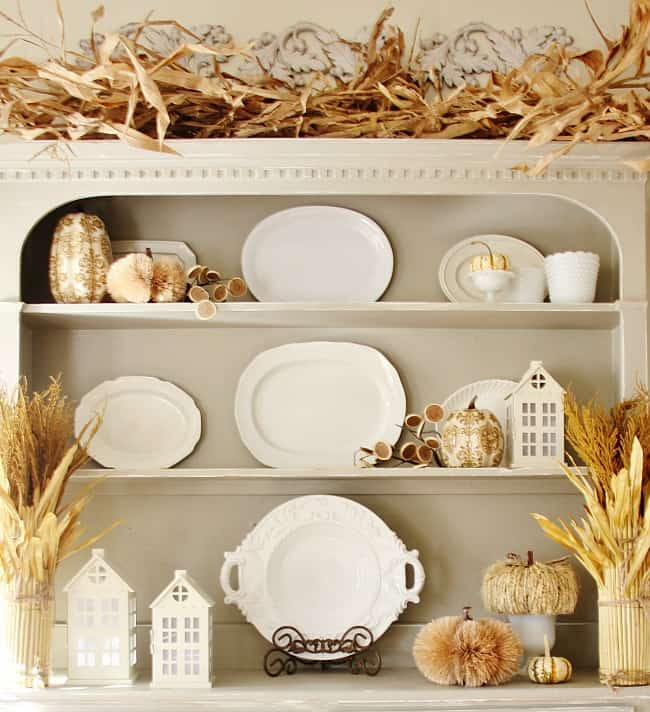 fall-hutch-with-neutral-colors