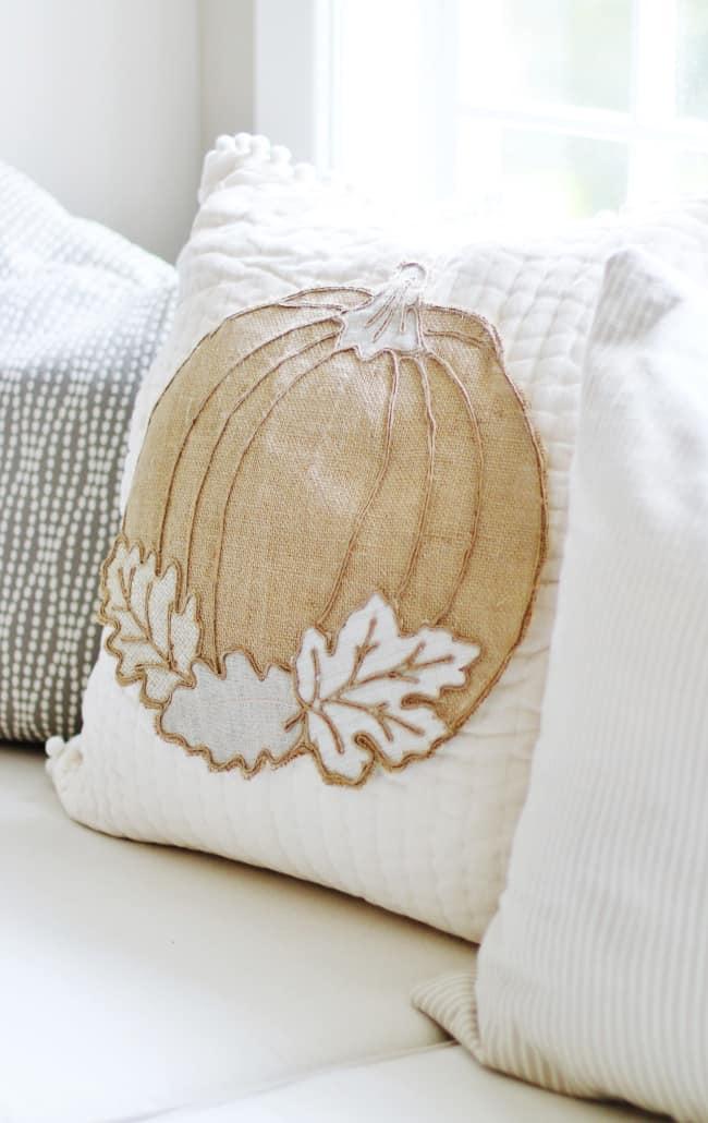 no sew pumpkin pillow project