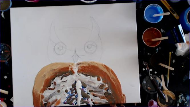 painting stomach of owl