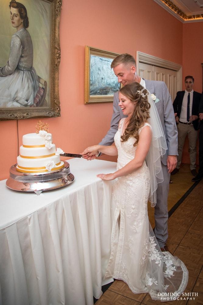 Cake cutting at Wadhurst Castle