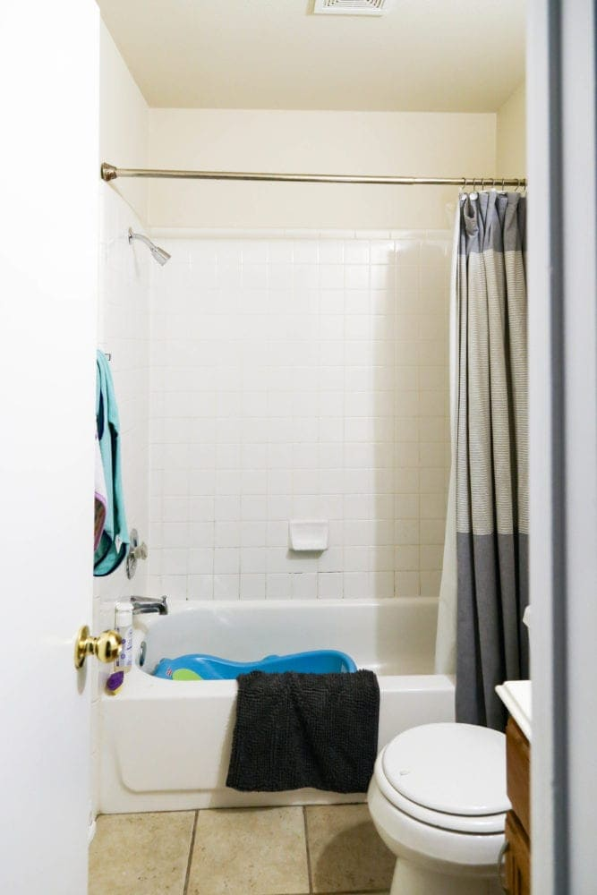 small, dingy bathroom