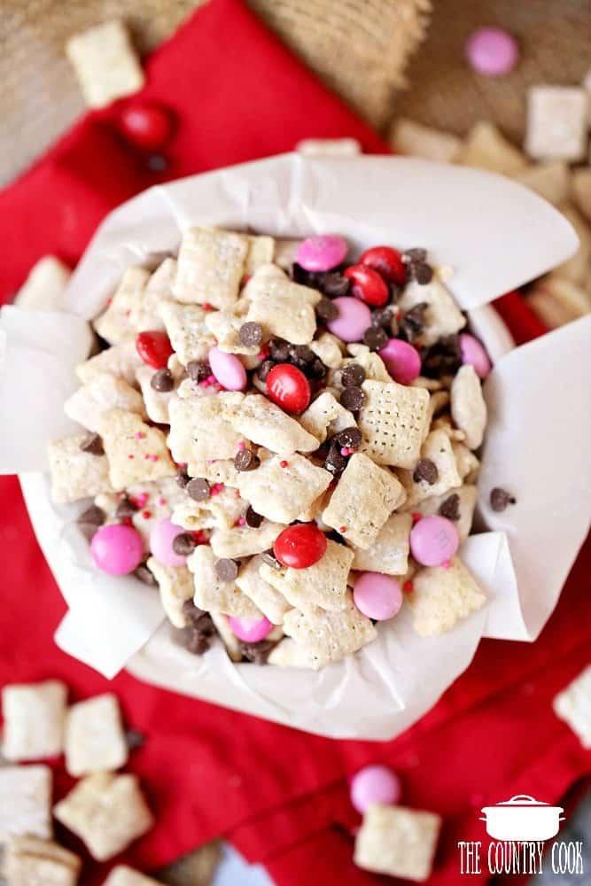 Valentine's Day Sweetheart Muddy Buddy Snack Mix recipe
