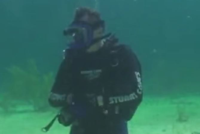 Diving with a Full-Face Scuba Dive Mask