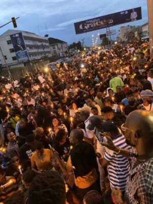 #EndSARS Protesters Hold Candlelight Procession In Abuja, Lagos, Port Harcourt