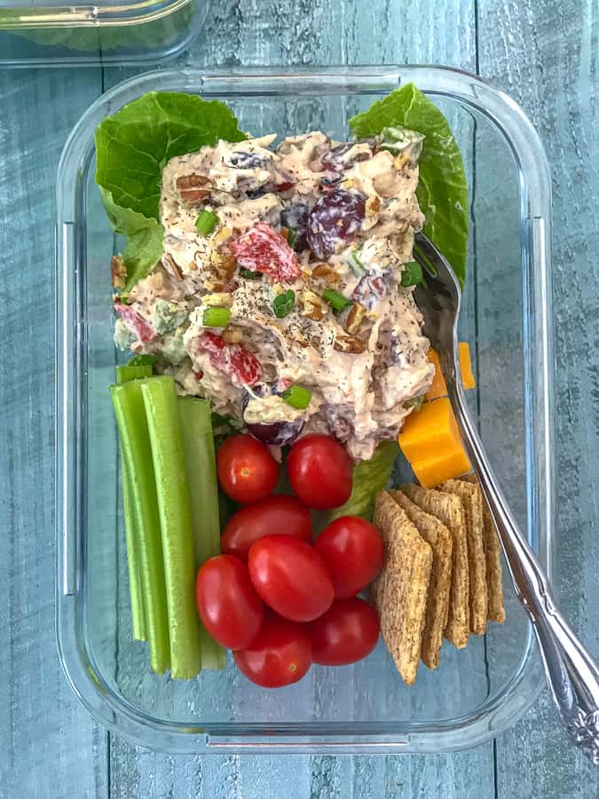 Healthy Garden Chicken Salad Meal Prep - super simple and super flavorful chicken salad lightened up! Full of vegetables, grapes, pecans, and flavor. Perfect for meal prepping and a quick lunch or snack option. #chickensalad #healthychickensalad #mealprep #lunch #salad | https://withpeanutbutterontop.com