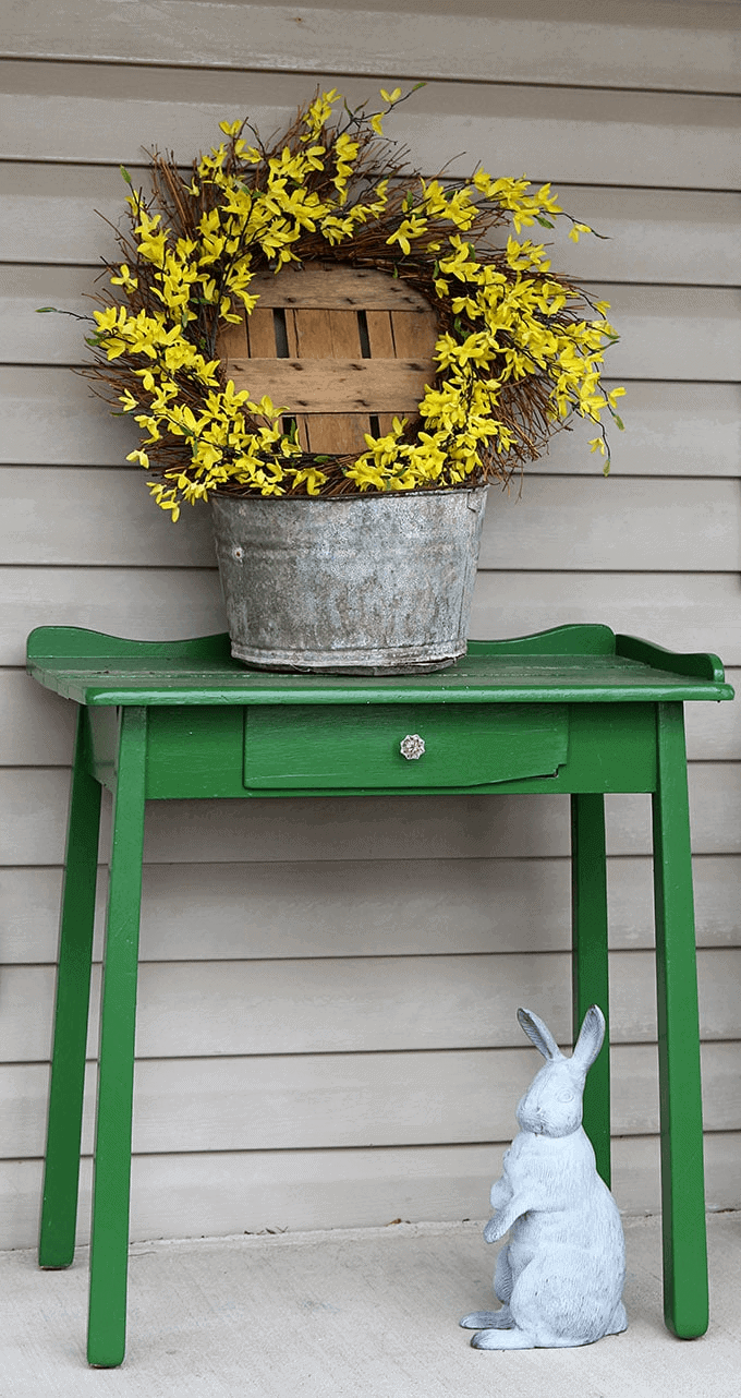 DIY FARMHOUSE PORCH DECOR IDEAS FOR SPRING AND SUMMER