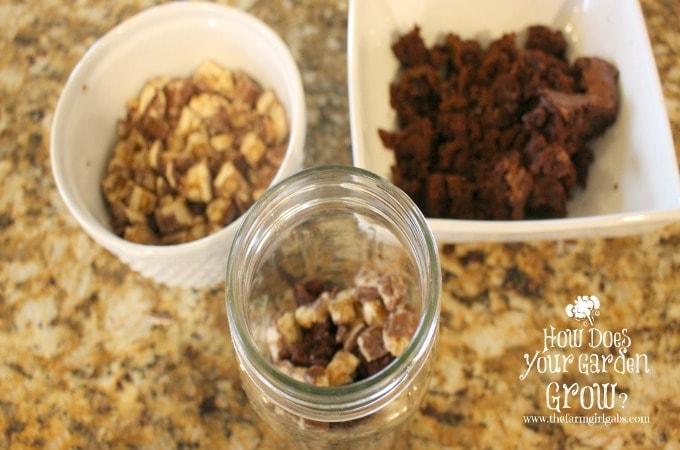 Snickers in Mason Jar
