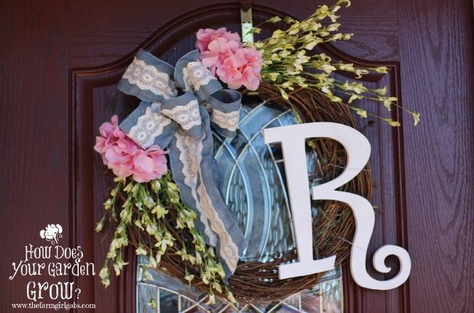 Floral Monogram Wreath - Feature 1
