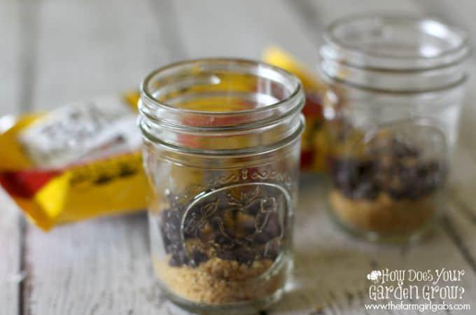 No-Bake Cannoli Cheesecake Jars - Step 1