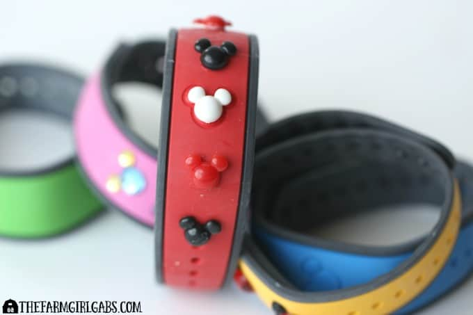 Blinged-Out Magic Bands - Feature4