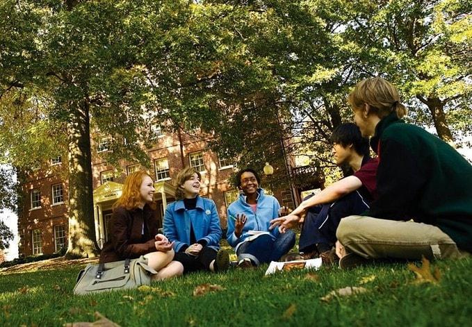 liberal arts college graduates make more money