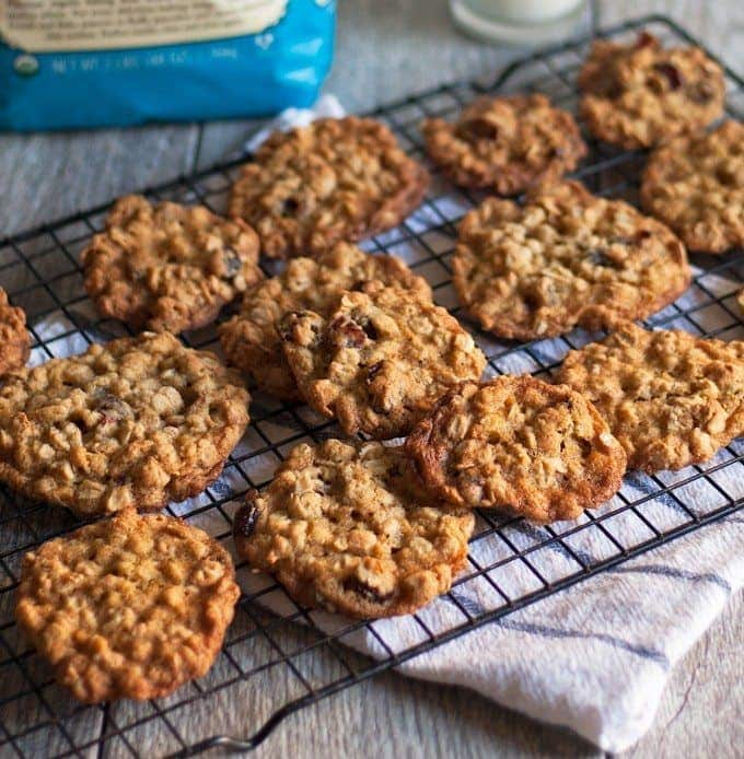 pile of oatmeal cranberry cookies