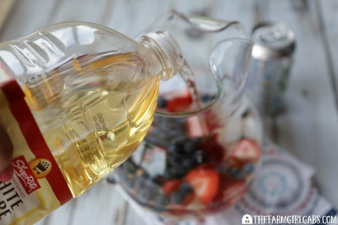 Stars & Stripes Mocktail Sangria