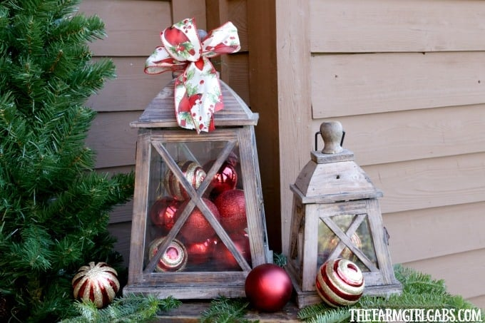 10 Ways To Decorate Your Porch For Christmas.