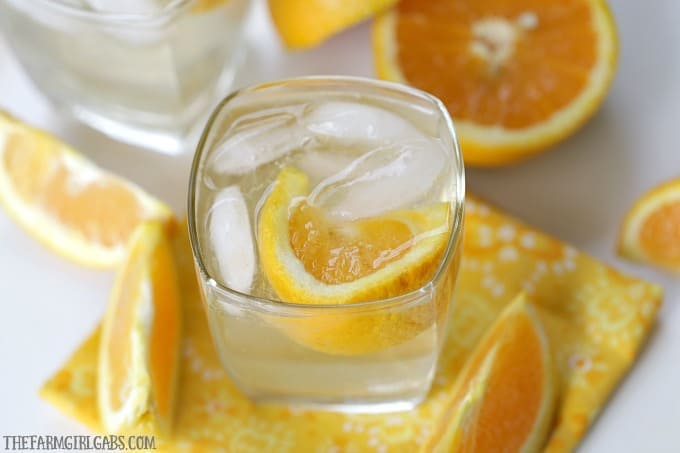 Summer needs a proper send off. This refreshing Orange Crush Cocktail is the perfect way to toast long summer days and warm summer nights.