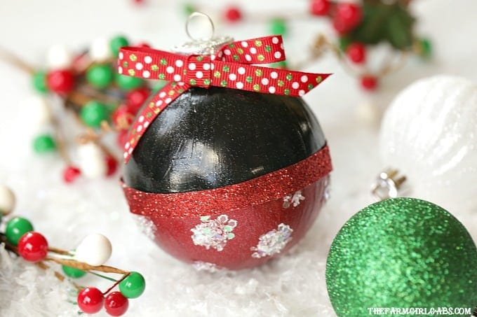 Make merry magical with this adorable Disney Minnie Mouse Glitter Ornament. It's an easy DIY craft for your Christmas tree.