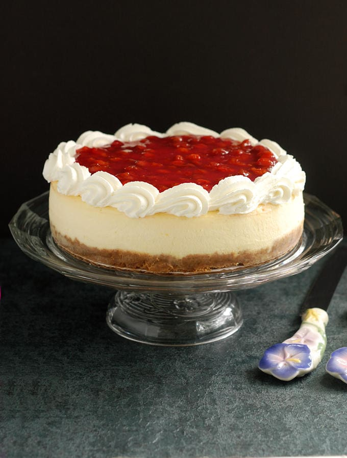 New York Cheesecake with sour cherry topping