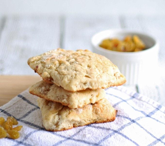 Golden Raisin Scones | honeyandbirch.com