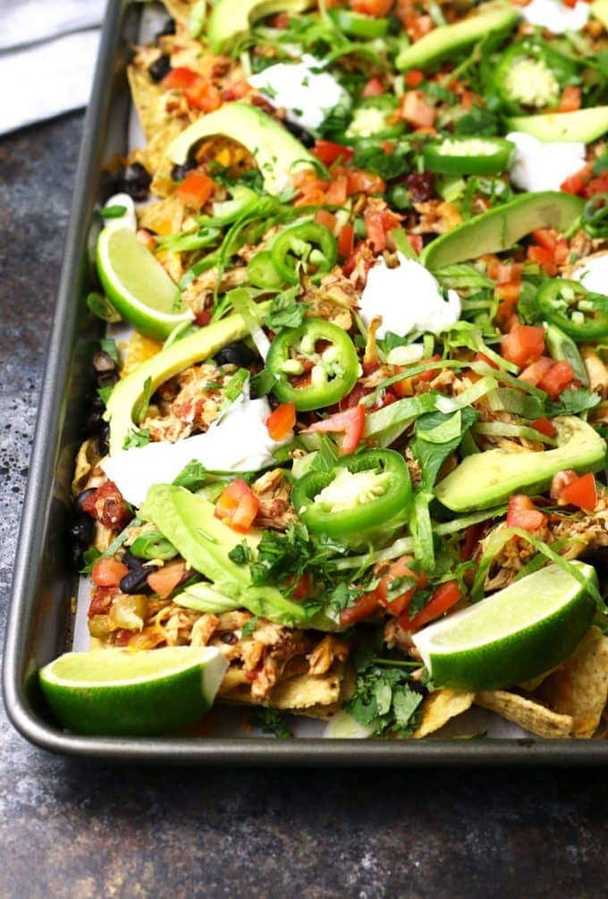 Loaded chicken nachos photo