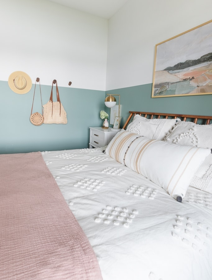 white bedding, color blocked walls, teen room