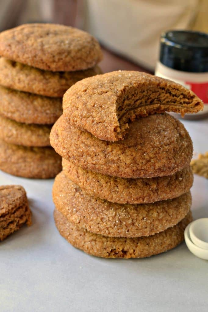 Delicious and Easy Soft Gingerbread Cookies