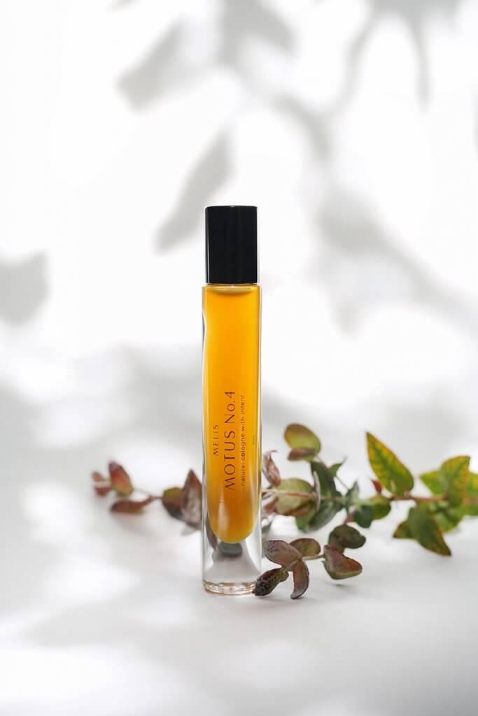 Motus No 4 MELIS natural perfume