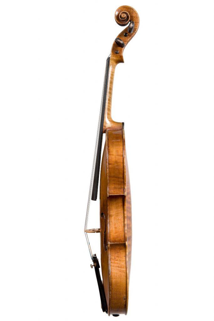 ジロラモ・アマティ1611年製バイオリン側面右側