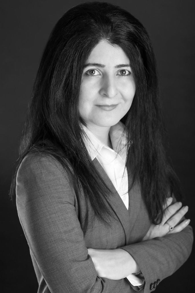 Homa Yahyavi - US and Canadian Immigration Lawyer وكيل مهاجرت در ونکوور