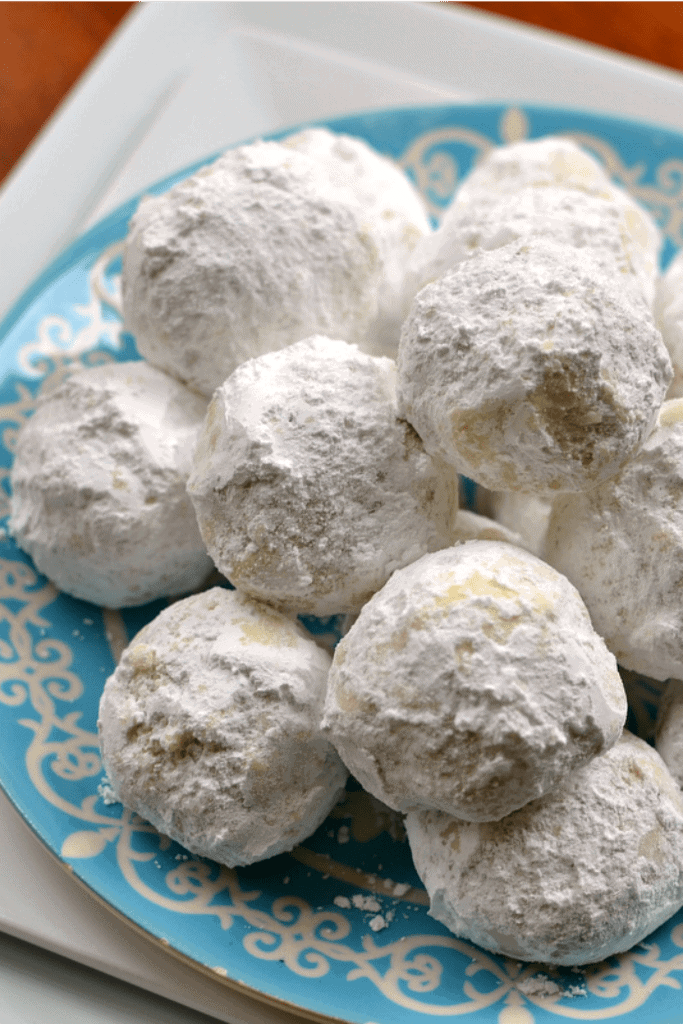Buttery Pecan Snowball Cookies The Best Cookie Ever