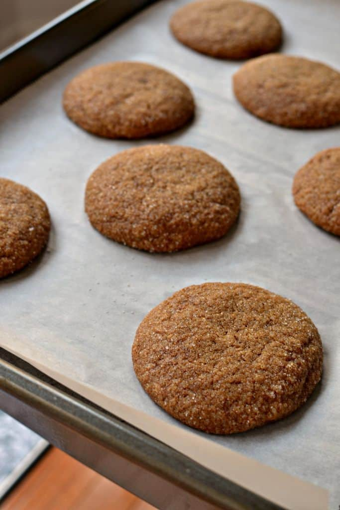 Soft Gingerbread Cookies (Crispy Edges and Soft Chewy Middles)