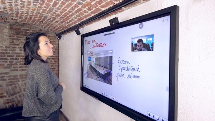La nouvelle webcam Speechi en visioconférence