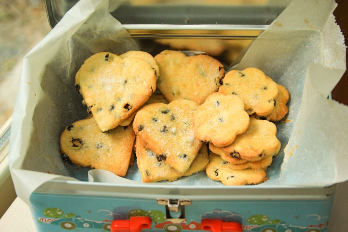 Shrewsbury Biscuits Recipe - Fresh baked batch of Shrewsbury Biscuits