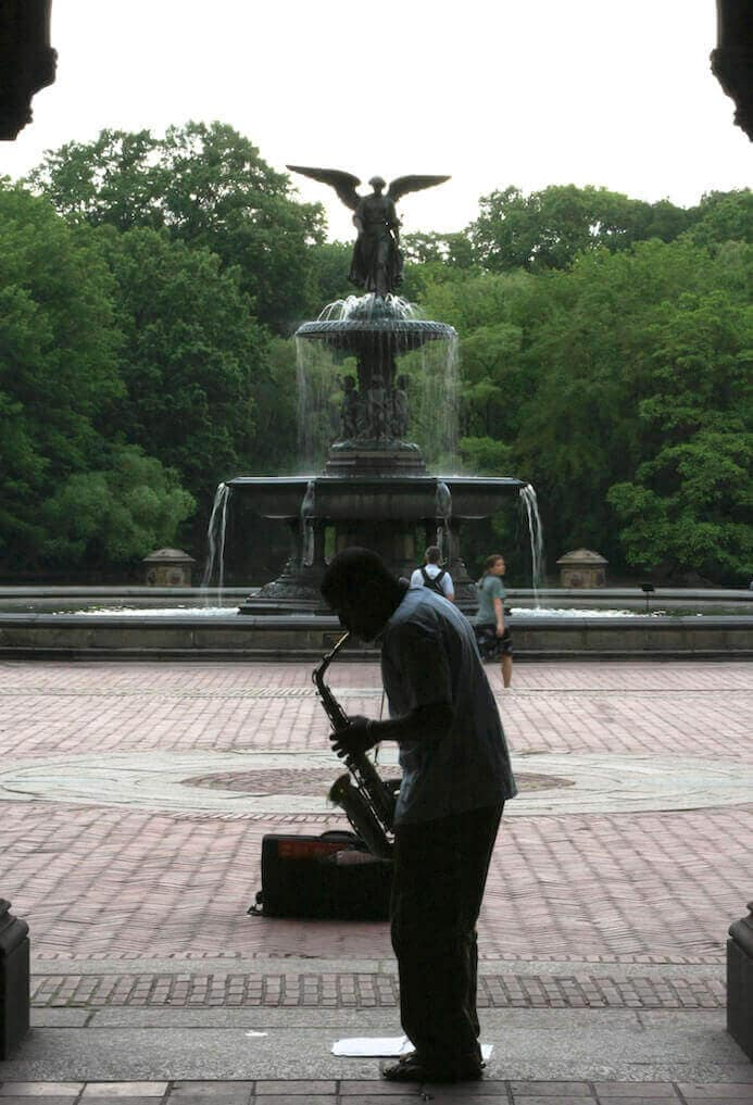 photography portfolio tips - musician in Central Park New York