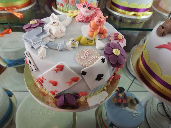 Cologne City Guide things to eat decorative cake