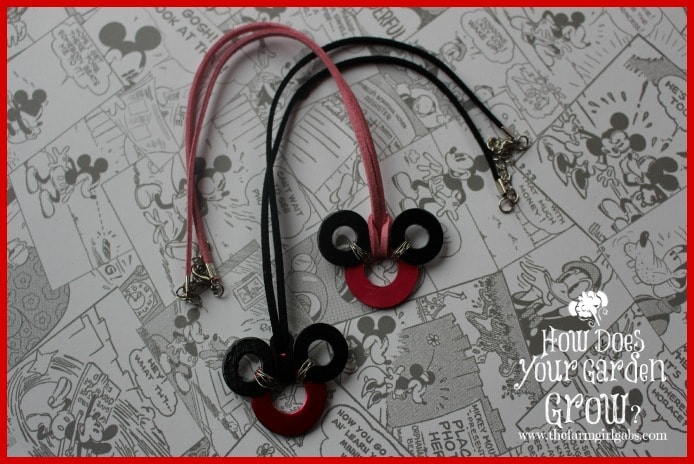 Easy Mickey Mouse Washer Necklaces - Feature 2
