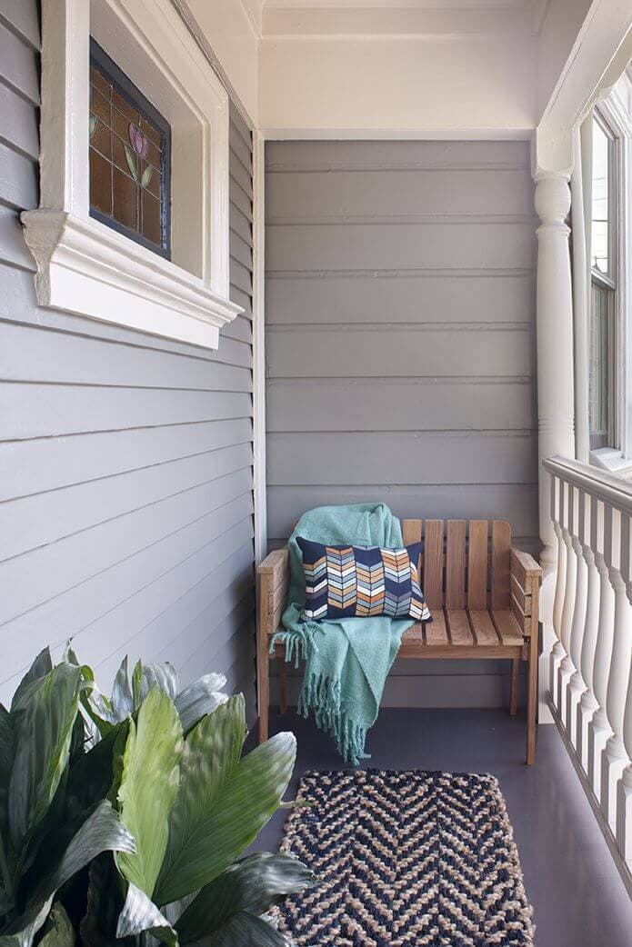 SIMPLE SMALL FRONT PORCH SEATING DESIGN IDEAS