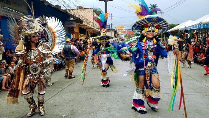 Danza en Fiesta Elena de Santa Cruz del Quiché