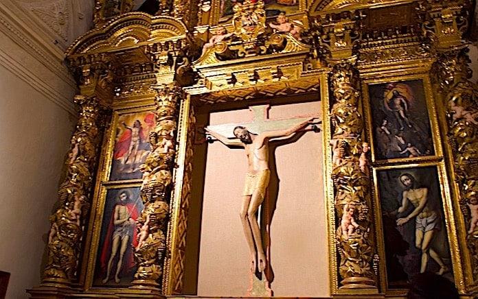 ロマネスクのキリスト像の画像