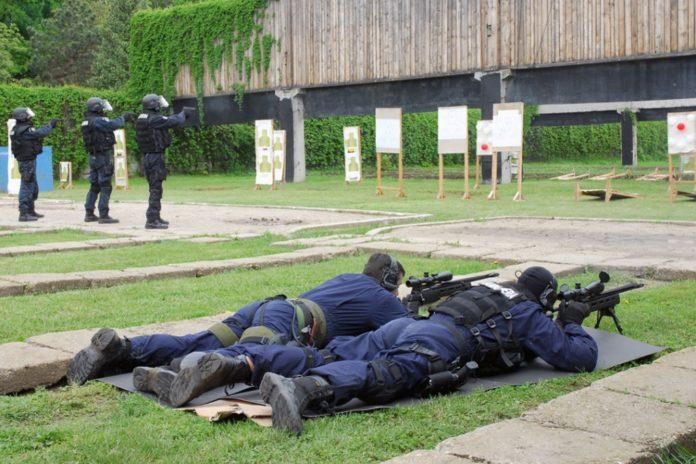 Jandarmi-tragere-poligon