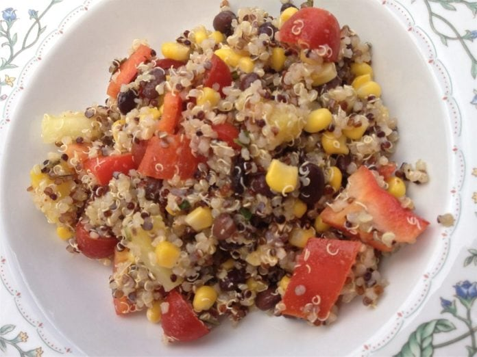 This lovely Quinoa Salad with Black Beans, Corn, Red Peppers and Pineapple is perfect as a main or a side dish. Colorful and tasty!| ZagLeft