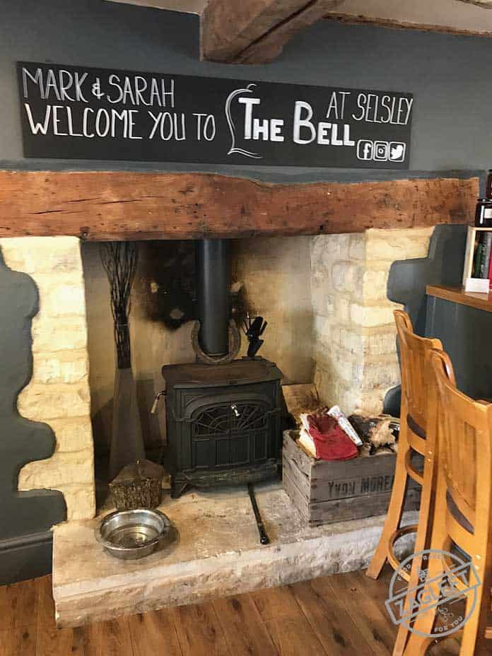 If you find yourselves visiting the Cotswolds, be sure to stay at The Bell Inn, in Selsey. A 16th century grade two listed Cotswold Inn near the city of Stroud. This is a friendly country pub with rooms, giving a true taste of the Cotswolds and all that it has to offer. Serving real ales, locally-sourced food and seasonal game. | zagleft.com