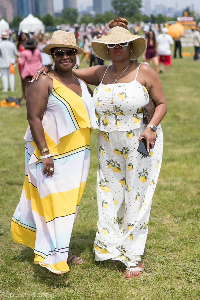 Gorgeous in pastel yellow at the veuveclicquotpolo classic 2018 | 40plusstyle.com