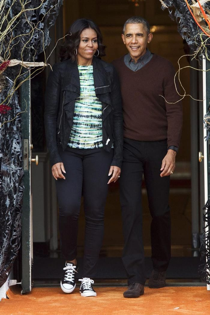 Michelle Obama wearing a casual outfit | 40plusstyle.com