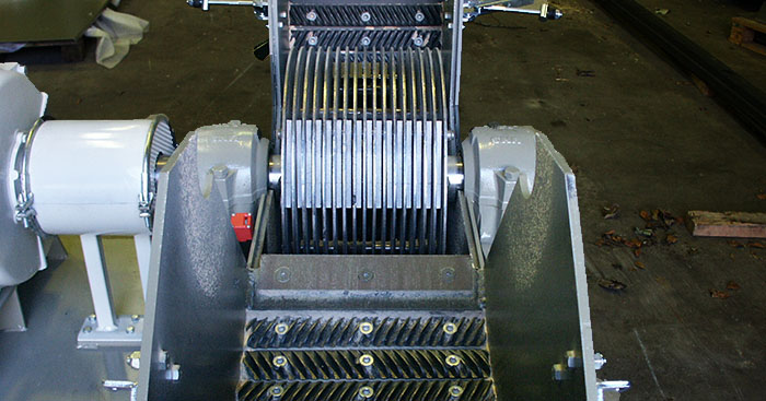 U Hammermill grinding and hammer design open view