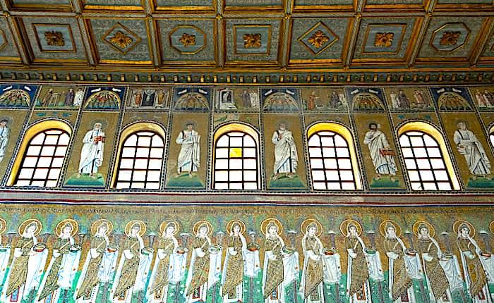 サンタポリナーレ・ヌオヴォ聖堂の画像