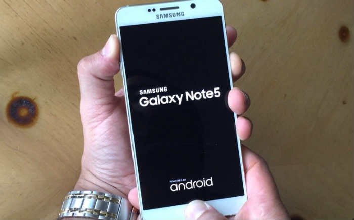 Samsung Galaxy Note 5 keeps lagging