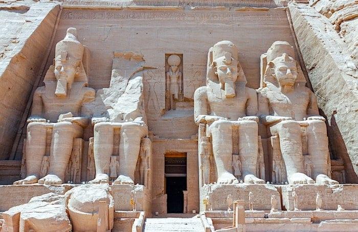 エジプトの神殿の画像