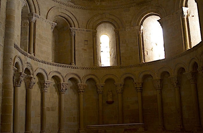 ロアーレ城内にあるサンタ・マリア教会